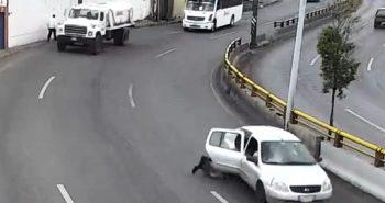 niño expuldado vehículo zacatecas
